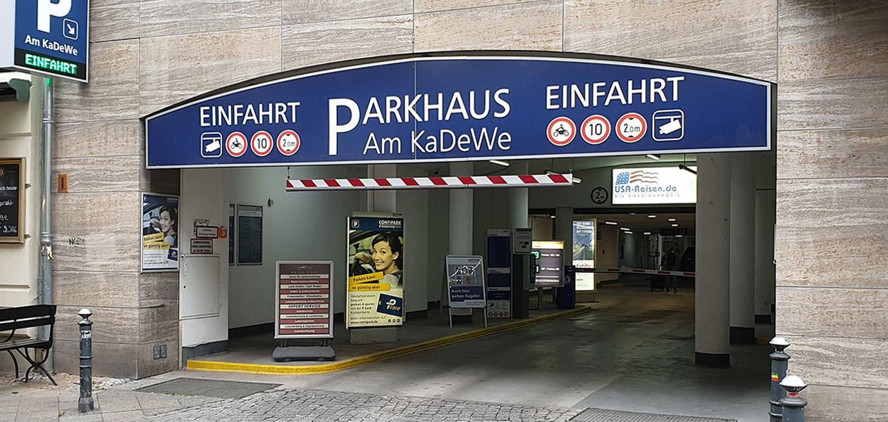Einfahrt des Parkhauses Am KaDeWe in Berlin